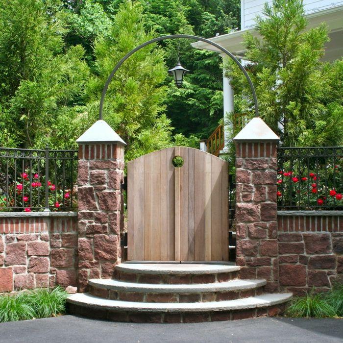Amazing  Gartentor Designs die den Eintritt in den Garten spannender machen