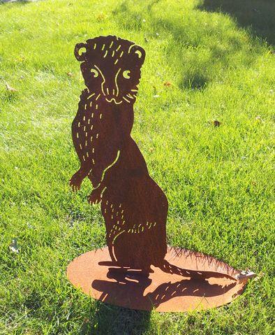 """Gartenstecker, Beetstecker, Wildtiere  Marder """"Leopold"""" / Wildtier / Waldtier / Tier Skulptur kunstvoll aus Edelrost / schweres, hochwertiges, massives Material aus Metall, gerostet / außergewöhnliche Gartendekoration, rostig / wunderschöne rostige Gartendeko / tolle Geschenkidee für Jäger und Förster / Anspruchsvolle Gartenfigur, Metallfigur, Dekofigur aus Eisen / Gartengestaltung sehr langlebig  / rustikaler Charme"""
