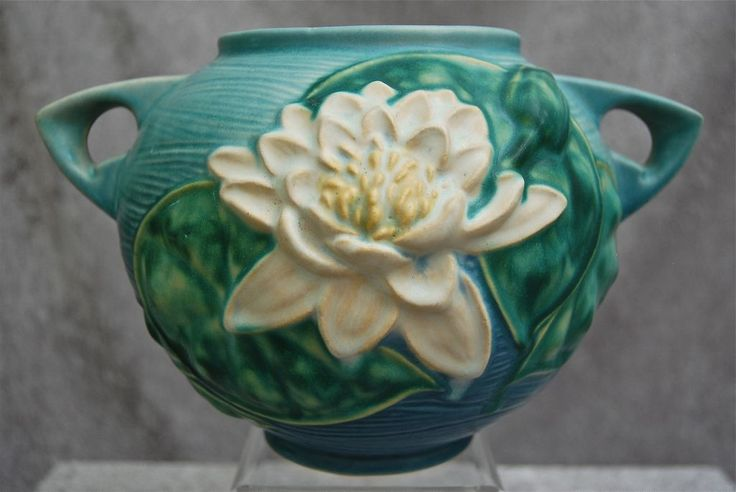 Roseville Pottery Water Lily Rose Bowl #437-6, Blue, Ca. 1943