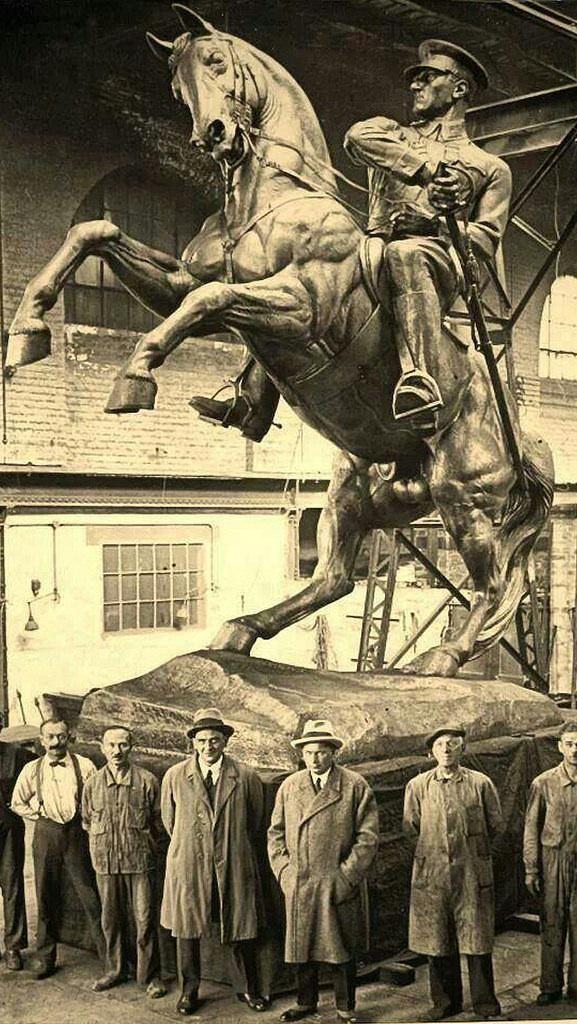 Mustafa Kemal Atatürk heykeli.♥