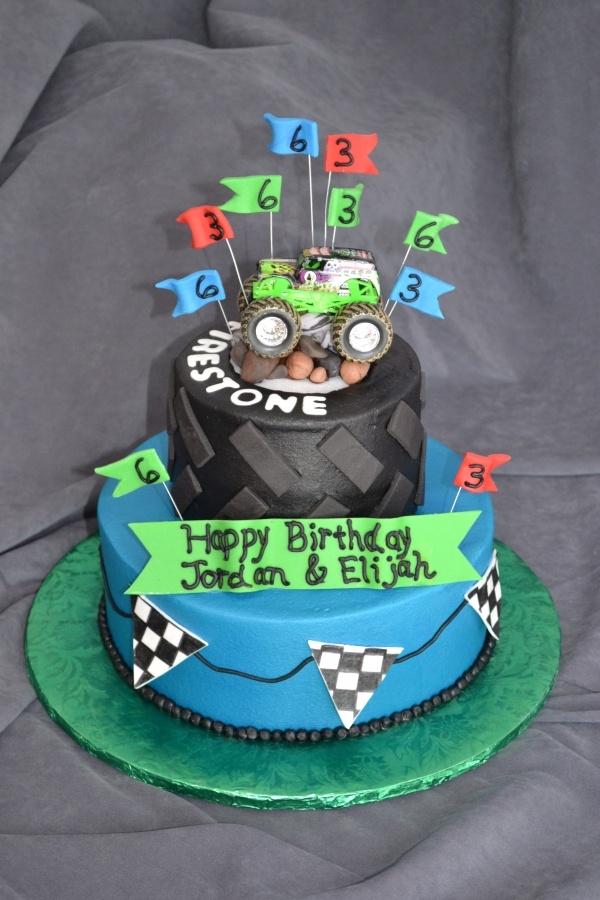 1000 Images About Monster Truck Cake On Pinterest