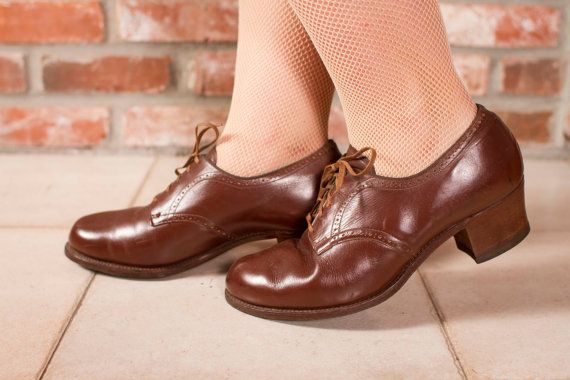 Vintage 1940s Shoes  - Rare Regulation WWII WAC ANC Oxfords Size 9.5. 10 - Officiate