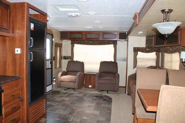 2013 Used Forest River Lacrosse 301RLS Travel Trailer in Texas TX.Recreational Vehicle, rv, For an up-to-date listing of over 454 Used RVs for sale, including pictures and floor plans (click on stock number), visit our site at www.PPLmotorhomes.com!