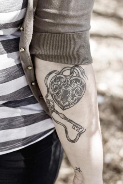 A lock & Key that is similar to the one I just drew.: Locket Tattoo, Tattoo Ideas, Key Tattoos, Keys, Heart Tattoo, Body Art, Locks, Tattoo'S, Ink