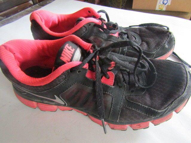 Nike Dual Fusion Sneakers Size 8.5 Pink and Black #Nike #RunningCrossTraining