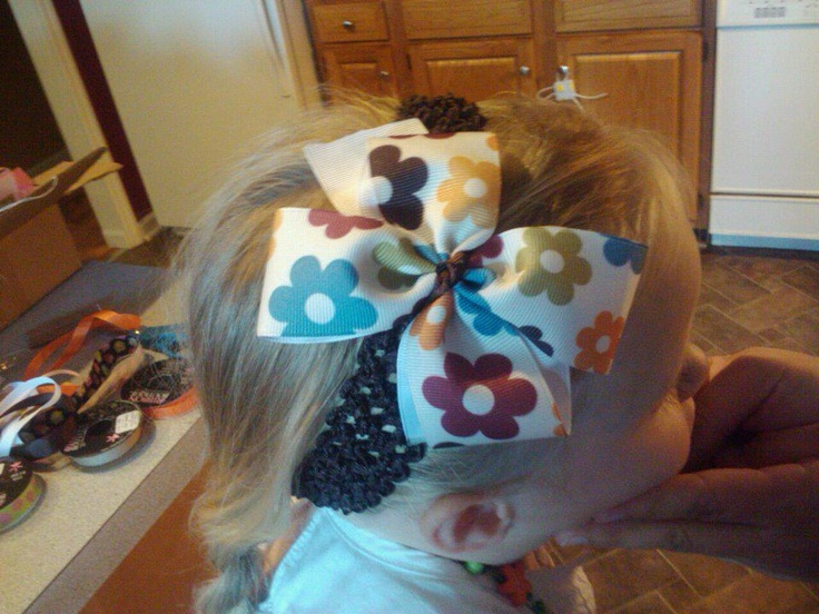 Headband with bow $8  https://www.facebook.com/pages/Tutu-Cute/171729329580274