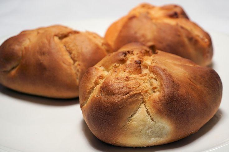 Συνταγή για παραδοσιακό τυρόψωμο