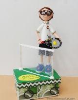 Gorka practicando su deporte, el tenis.
