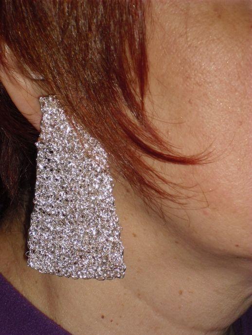 """orecchini con filo metallico """"Designe"""""""