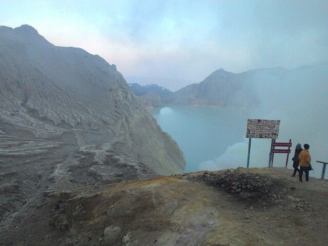 Get your experience on Ijen crater