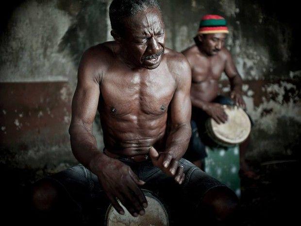 Cultura afrodescendente representada na obra 'Rufar dos Tambores' (Foto: Maurício de Paiva/Rufar dos Tambores)