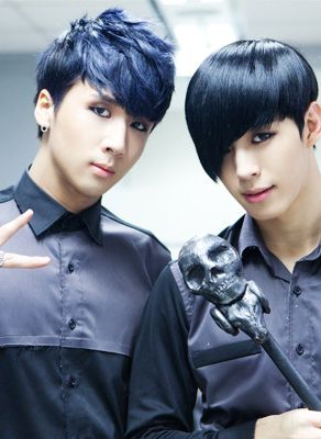 RAVI and HONGBIN ♡ #VIXX // Voodoo Doll - everyones hair in the Voodoo Doll come back was perfection! Probably my favourite hairstyle on all of them, especially on Hongbin