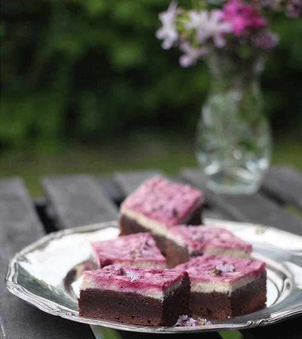 brownie-med-cheesecake-brombaer