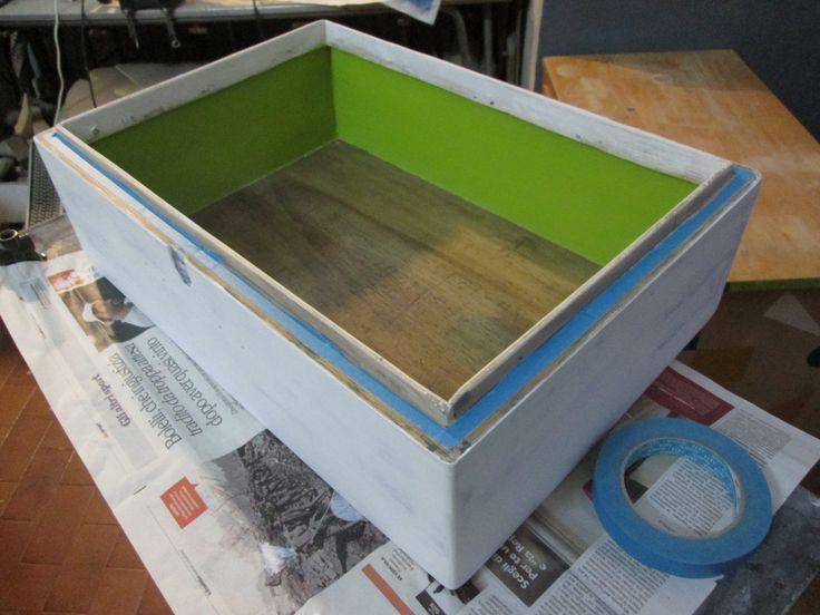 Cassetta militare in legno: coloritura
