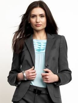 How to Dress for Success in Your Next Interview #business #fashion #work #advice #jobsearch