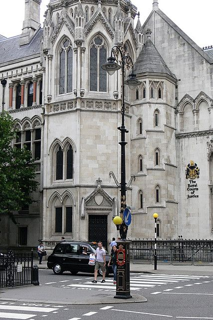 Royal Court of Justice, Strand, London: High Court, Court Building, Inn Of Court, Royals Court, London Temples, Castles Cathedrals Church, Law Court, London 16 07 2008, The Royals