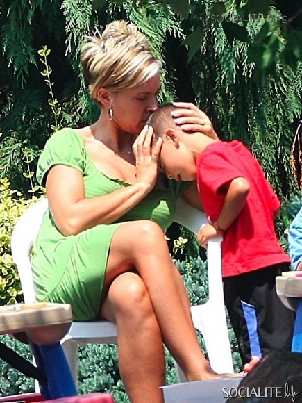 kate gosselin hairstyle front and back | Jon & Kate Plus 8: What's Gonna Happen On The Show Now? | 25 ...