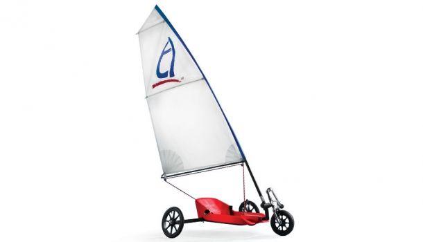 Wind Chaser el triciclo movido por el aire http://buenespacio.es/wind-chaser-el-triciclo-movido-por-el-aire.html #deportes #triciclo #vela