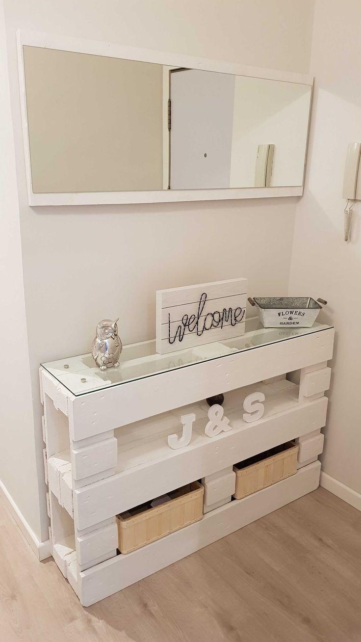 Recibidor de palets, espejo, leds decorativos | Bricolaje
