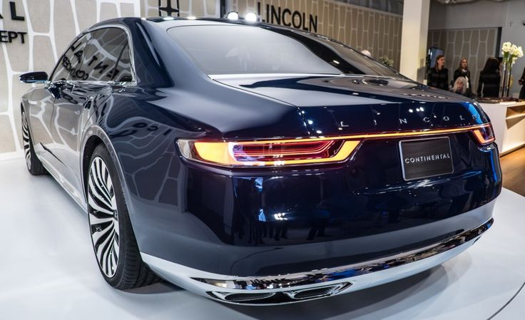 Lincoln's Future: Continental Concept Unveiled! - Photo Gallery of Auto Show News from Car and Driver - Car Images - Car and Driver