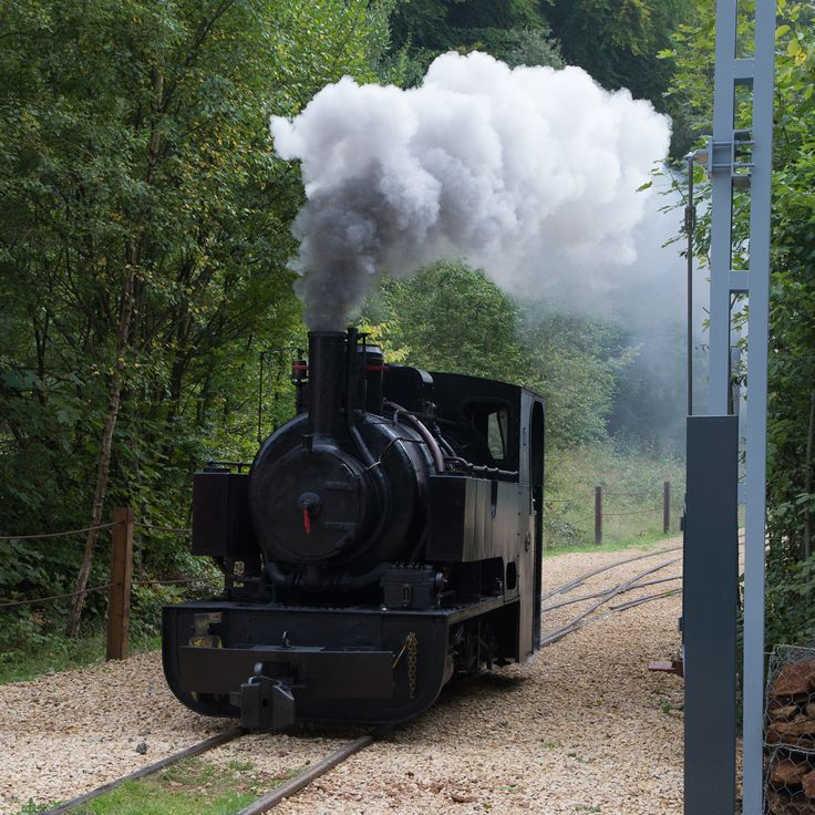 Train 1900 at Fonds-de-Gras (Differdange)  © Claude Piscitelli/ONT