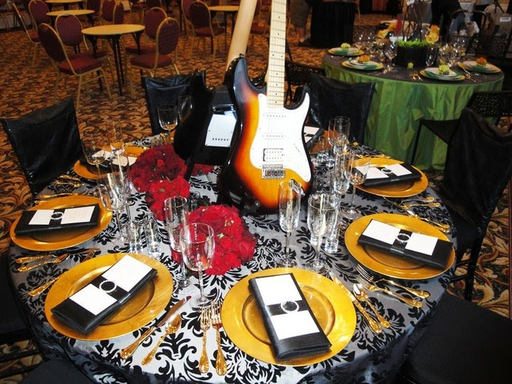 Rock N Roll Wedding Via Decadent Details Events Wishful Thinking Pinterest And