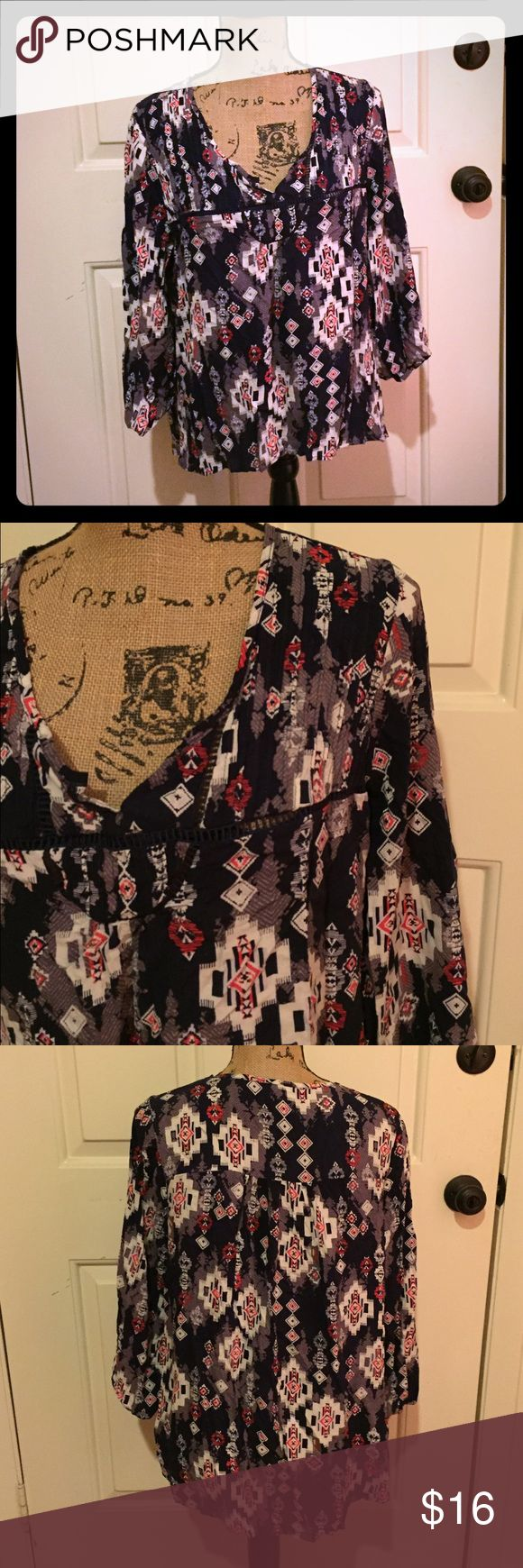 🆕 Mossimo Aztec blouse Super cute!!!!! Preloved but lots of life left! ❌Trades/Outside Transactions❌ 😻 friendly home 😻 💅🏼Serious buyers only, i.e. Please don't ask questions without intention of immediate purchase💅🏼 ❤️Bundles of 5 or more listings get HALF OFF YOUR WHOLE PURCHASE!❤️-separate listing must be made. Please ask!  📦Buyer pays extra shipping when applicable📦 💓Some colors vary in person! 😘thank you! Mossimo Supply Co Tops Blouses