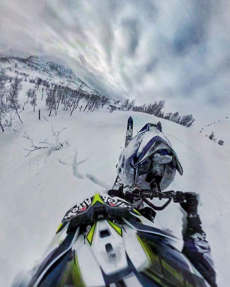 . HOLD ON FOR YOUR FREAKKING LIFE.... 5hrs holding on to the back of a pro yamaha snowmobile rider. Ive had worse days  Thanks @digr3 @team68  . Warren Peace Pitt Aerial Photography www.warrenpeacepitt.co.uk . #aerial #photography #aerialphotography #aerialmedia #dji #phantom #gopro #Phantom4 #Phantom3 #Osmo #OsmoMobile #Apple #iPhone #iPad #fusion #drone #videooftheday #photooftheday #hero6 #karma #vr #360 #film #ilford #35mmfilm #filmphotography . #norway #snowmobile #yamaha