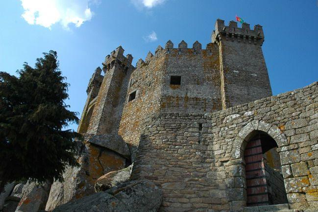 Castelo de Penedono   http://www.guiadacidade.pt/pt/poi-castelo-de-penedono-15274
