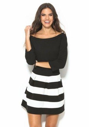 Dvojfarebné šaty s 3/4 rukávmi #ModinoCZ #blackandwhite #blackandwhitedress #dress #style #outfit #cute #stripes