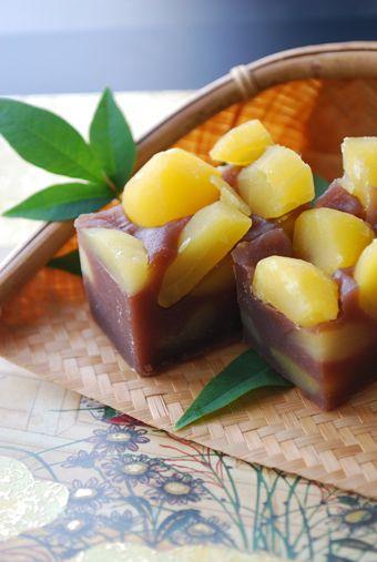 Japanese sweets - Kuri yokan 栗羊羹 (sweet jellied adzuki‐bean paste with sweet chestnuts)