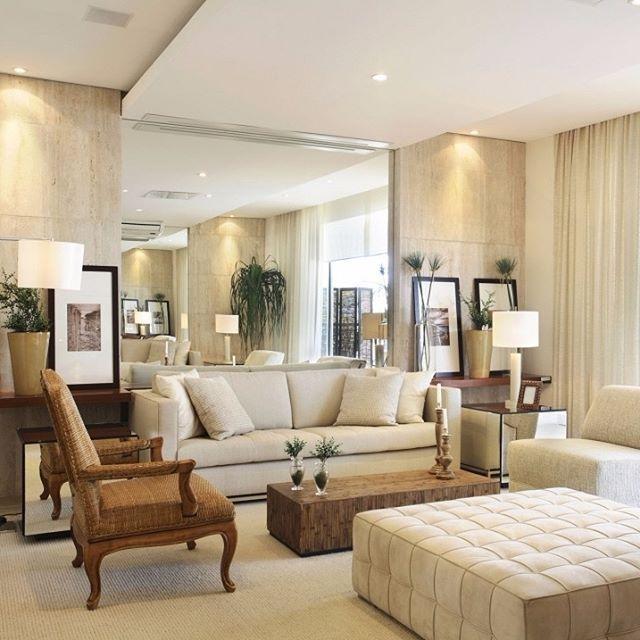 50 tons de bege na #sala projetada por @deboraaguiararquiteta!#decor #decoração #living #sofa