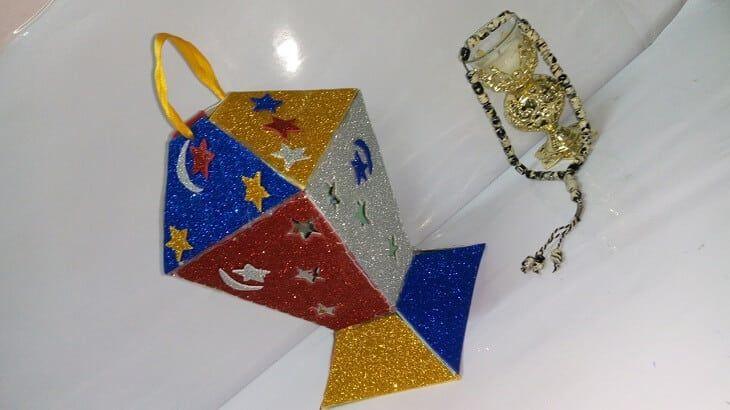 طريقة عمل زينة رمضان بالفوم في البيت Ramadan Crafts Ramadan Decorations Paper Crafts Diy Kids