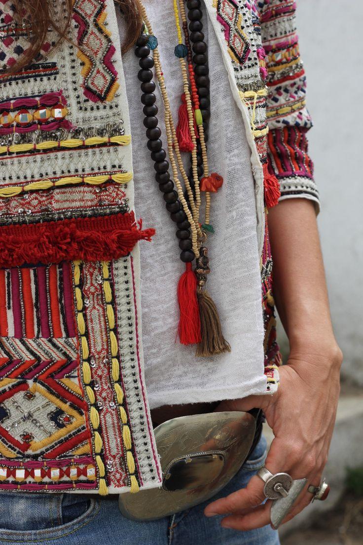 http://stylelovely.com/mytenida/2014/04/ethnic-jacket-for-the-countryside