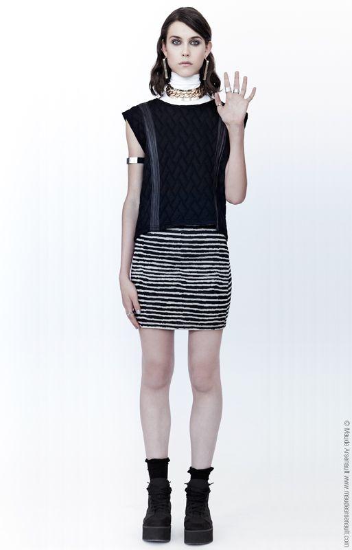Nous ajoutons à notre boutique en ligne le top Let it Go // We add to our eshop the top Let it Go www.evegravel.com