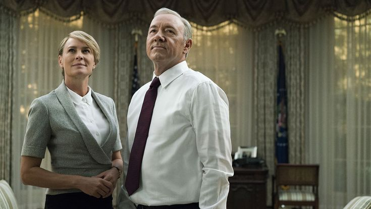 "New 'House of Cards' Bosses Call Season 5 a ""Cautionary Tale for American Voters"" #FansnStars"