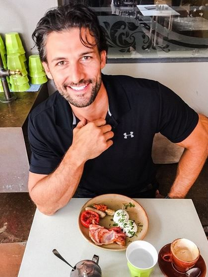 Are eggs good for you? Bachelor and exercise scientist Tim Robards reveals the answer.