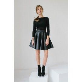Foam skirt #allblackeverything #minimalism