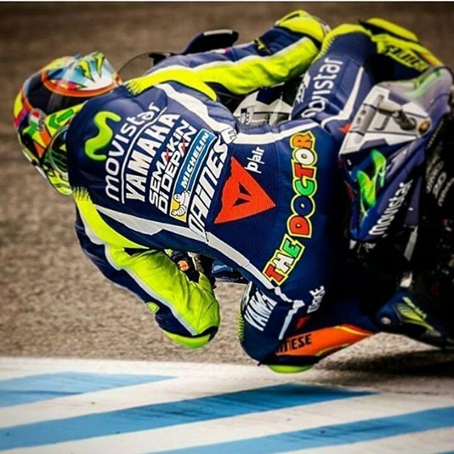 #valeyellow46 #valeyellow #valentinorossi #valentino #rossi #art #crash #thedoctor #46 #best #love #motogp #world #champion #road #yamaha #tbt #monsterenergy #2016 #redbull #rider #motorcycle #motocross #italy #formular1 #f1 #winner #champion #sun #beautyful