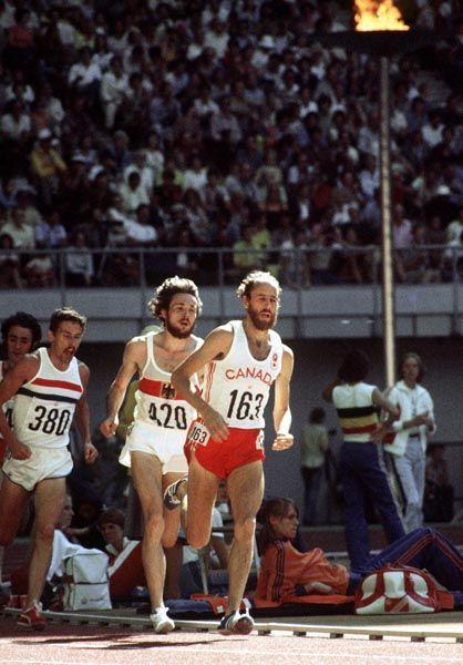 Grant McLaren (163) du Canada participe au 5000 m aux Jeux olympiques de Montréal de 1976. (Photo PC/AOC)