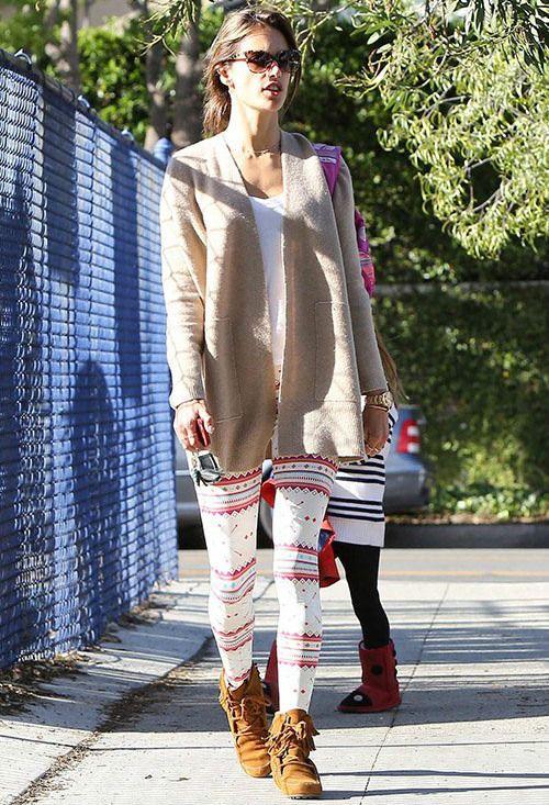 12/16 妊娠中のオリヴィア・ワイルド アーミーグリーンのシャツ×ジーンズ×アンクルブーツ★の画像 | 海外セレブ最新画像・私服ファッション・着用ブランドチェック Daily…