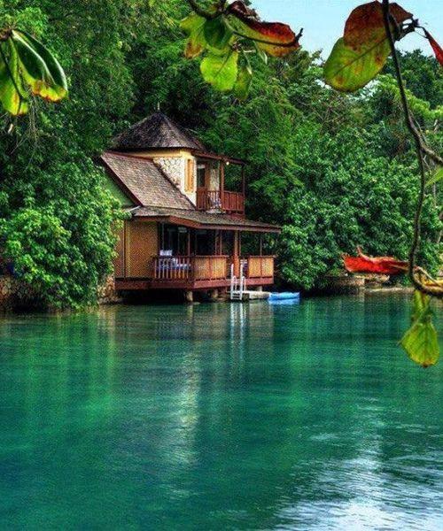 Wonderful Golden Eye Resort – Jamaica