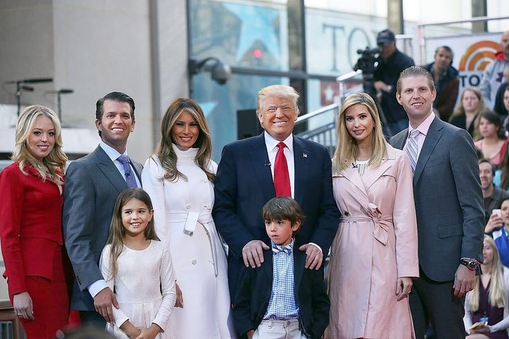 Eric Trump @EricTrump 19h19 hours ago On behalf of the entire family, we would truly be honored to have your vote! Let's #MakeAmericaGreatAgain #EarlyVote