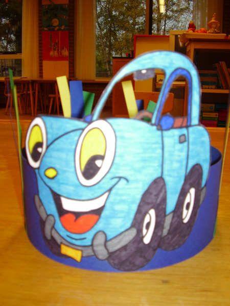 verjaardagskroon; cars. leuk: gebruik de naam van het kind in het kenteken