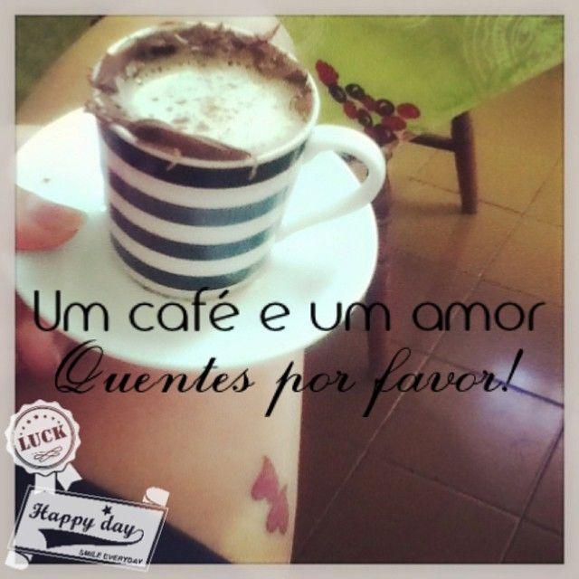 Uma ótima segunda-feira a tidos nós! Bom diaaaa! #bomdia #goodmorning #nutellascoffee #ilovecoffee #vintage #pinup #ilovevintage #iloveit #modavintage