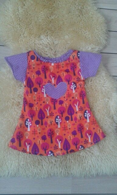 Dress size 68/74. = 125 kr.  (On sale) To bye ore se go to My Facebook site : By Kris & Nic