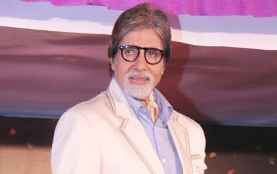 @InstaMag - Waving out to a crowd of fans that gather to greet him every Sunday at his residence is a Sunday routine that Amitabh Bachchan has been following for years