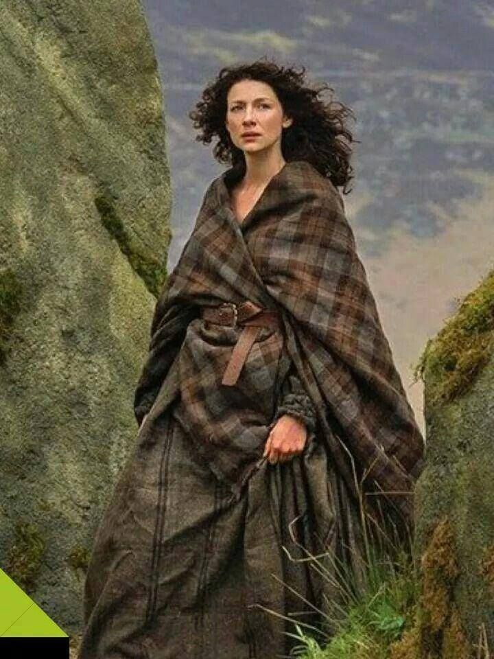 Claire at the stones.......please don't leave Jamie!
