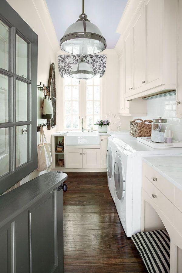 High-gloss lilac ceiling + dutch door