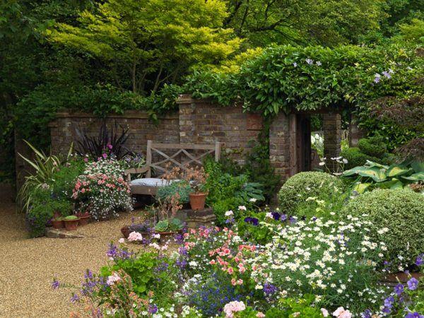 Blumenarten Bunt Vorgarten Gestalten Haus Box Gartenbank